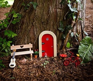 the treetop fairy's red door